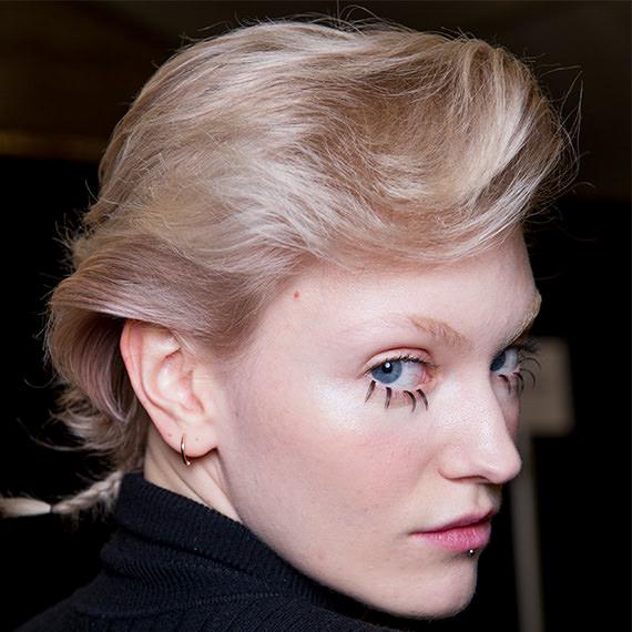 Fashion Week 2017 NYFW Jeremy Scott Backstage Blonde Hair
