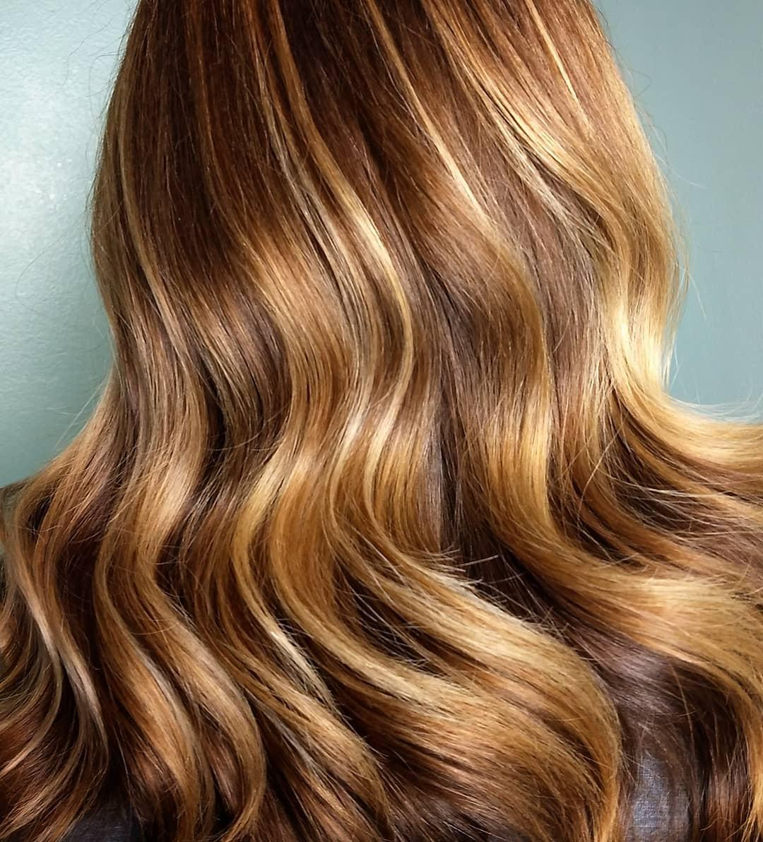 7 Warm Toned Blonde Hair Colors From Honey To Bronde